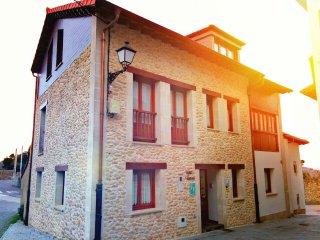 Casa Rural Villa Aurora, conoce ASTURIAS y CANTABRIA, capacidad 11 personas