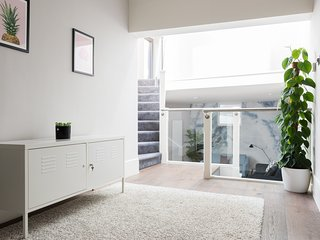 Charming 2 Bed Home in the Heart of Marylebone