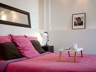 La Casa Cosy Original Les Halles Biarritz bedroom