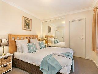 Acacia on Mounts Bay 1 bed (ensuite)