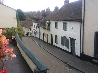 View down Cartway