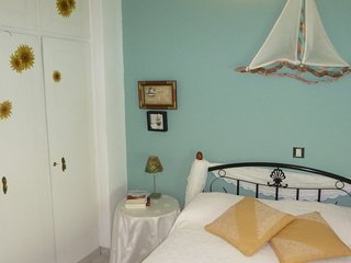 NICE APPARMENT CLOSE TO THE METRO LINE AIRPORT-AGIA MARINA AND ATHENS CENTER