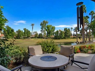 Bright & Beautiful Remodeled Condo in Monterey CC! Large Patio w/Gas Grill, Mast