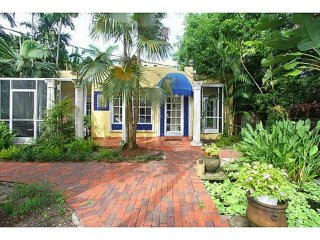 2BR+garden Coconut Grove-Pets & MONTH to MONTH ok