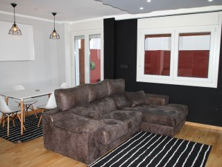 Apartment with 3 bedrooms in Vigo, with furnished terrace and WiFi