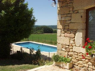 House with 4 bedrooms in Plazac, with private pool, enclosed garden and WiFi