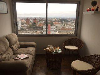 Apartamento privado excelente vista a pasos de terminal tres cruces y Estadio