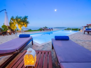 Villa Azure. Be Happy and Enjoy!