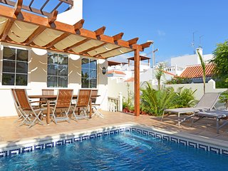 3 bed. villa in La Caleta