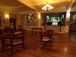 Kona Islander Inn Rose's Hideaway