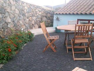 Casa Ver o Mar, Terceira, Açores Tranquilidade do campo ao lado de Angra do Hero