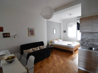 Cosy Studio in the very heart of Athens