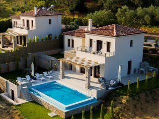 King size villas complex! Two bedrooms luxury villas with private pool!