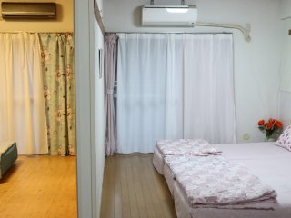 6-11 beds in central osaka  with free wifi