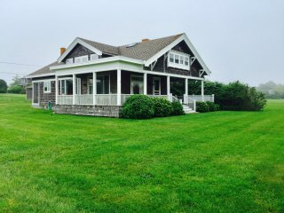 Historic Spacious Coastal Bungalow, Ocean Views, Steps to Sakonnet Point Harbor