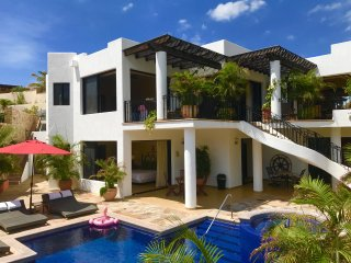 Chef & Maid Included for your Vacation at this New 5 bed/6 Bath Villa
