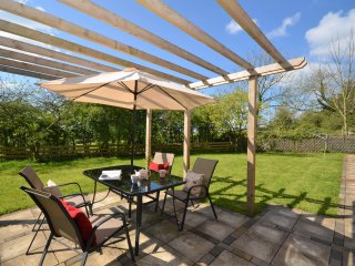 43978 Bungalow in Whitland