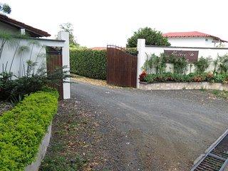 Stratus Rentals at Combia