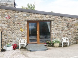 KNOTT LODGE, all ground floor, open plan, WiFi, near Sedbergh, Ref 968844