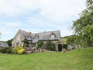 NUTHURST, spacious layout, four bedrooms, pet friendly, log fire, in