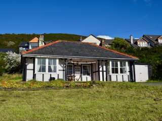 Welsh Cottage with Sea Views (Aberystwyth)