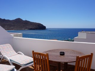 Alquiler apartamento ático con  Wifi y vistas mar