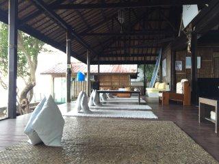 Villa Milagros Dive Inn Anilao Main House