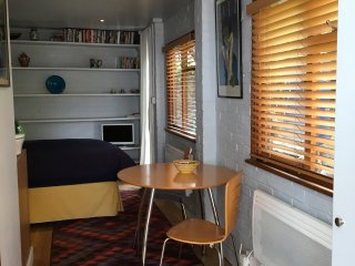 Hideaway in the heart of Chiswick - fantastic location near Central London