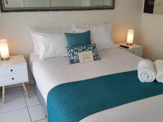 One Bedroom Deluxe Unit at Alexandra Beach Resort, opposite Alex Beach
