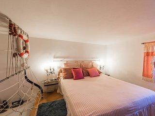 Villa Pittorino, Rosa room, 1Bdrm, 1Bath w Shower, Garden, Parking
