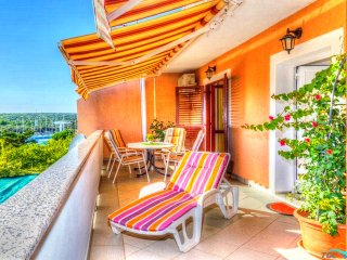 Excellent two bedroom apartment in Pag