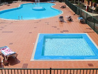 2 bedroom apartment in quiet location nr Corralejo sand dunes with 3 pools