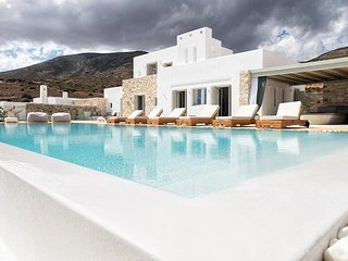 Amazing 4 bedroom Villa Oratorio, with swimming pool and amazing views.