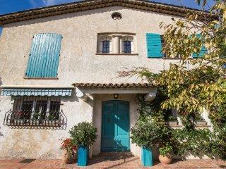 Sublime villa 4 chambres/ Piscine/ Barbecue