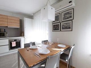 Apartment EVA - dining table