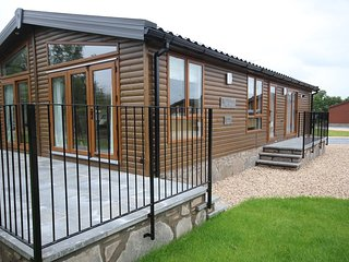 Stunning Luxury Lodge in rural Perthshire - 'Tweed'