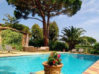 Saint-Tropez Salins -Belle villa standing