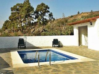 Casa en la Montana con piscina en Las Vegas, Tenerife Sur
