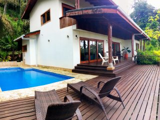 Casa Tulipan, 3 bedrooms, ocean view, pool