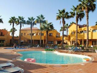 Oasis Paradise Center Apart
