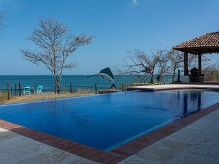 Playa Venao 3 bedroom 3 bath with pool and breathtaking views of Pacific Ocean