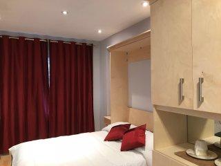 Ottawa Pearl - Private Hotel In A House