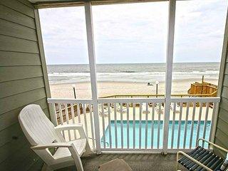 Ocean Front! 3 Bedroom Condo