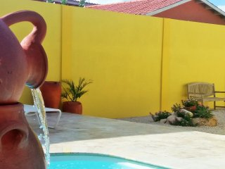 3 BR villa close to Eagle Beach with private pool