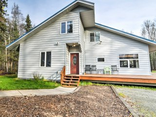NEW! Charming 1BR Chugiak Condo- Near Anchorage!