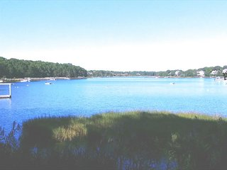 WATERFRONT W/DOCK ON OCKWAY BAY! NEW SEABURY! 135888