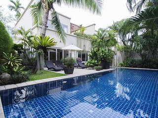 TOTALLY PRIVATE VILLA WITH LARGE POOL  5 star reviews by nearly 50 guests.