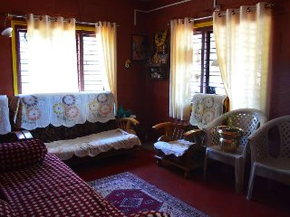 Redhouse Homestay - Pushpagiri Forest Reserve