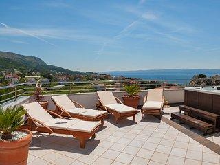 NEW! Villa Arya with private heated pool, roof hot tub, sauna, gym near Split