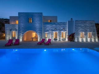 Premium Villa Etude in Kostos, 5 bedrooms, swimming pool and panoramic views!